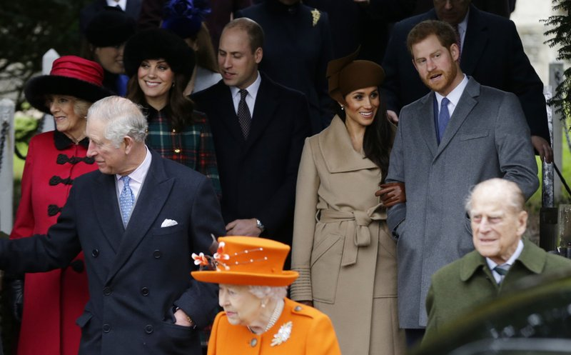 Queen Elizabeth II, Markle, royals attend Christmas service
