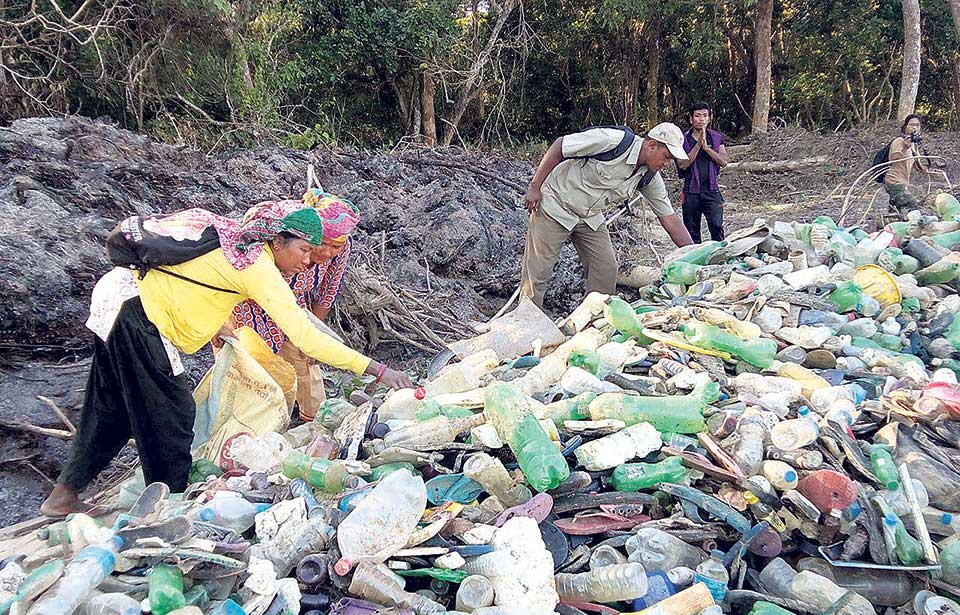 Stakeholders join hands to clean garbage from CNP