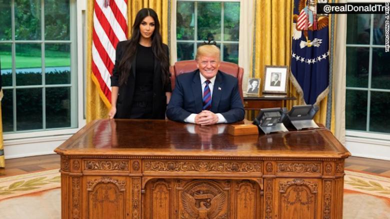 Kim Kardashian West, former prisoners visit White House