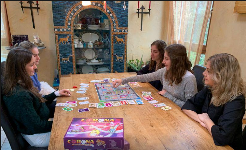 Coronavirus: The board game - German sisters' invention sells out for Christmas