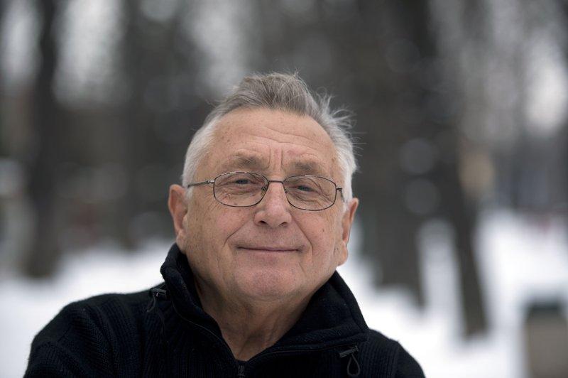Czech Oscar winning director Jiri Menzel dies at age 82
