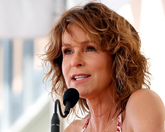 'Dirty Dancing' sequel in the works with original star Jennifer Grey
