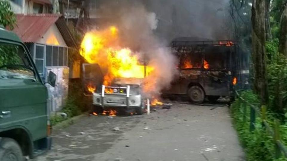Nepali-speaking locals in Darjeeling protest against Bengali language