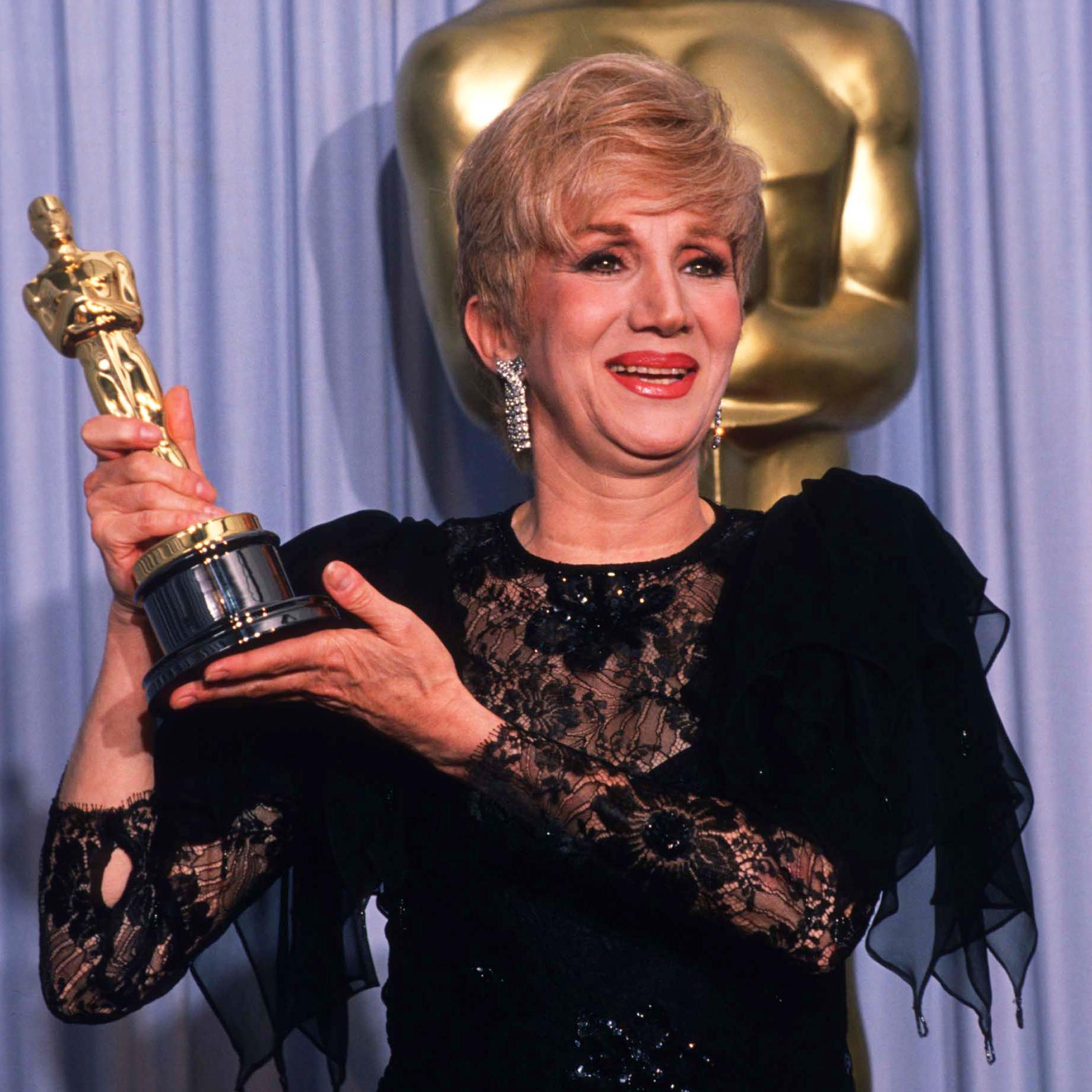 Olympia Dukakis, Oscar-winning 'Moonstruck' actress, dies at 89
