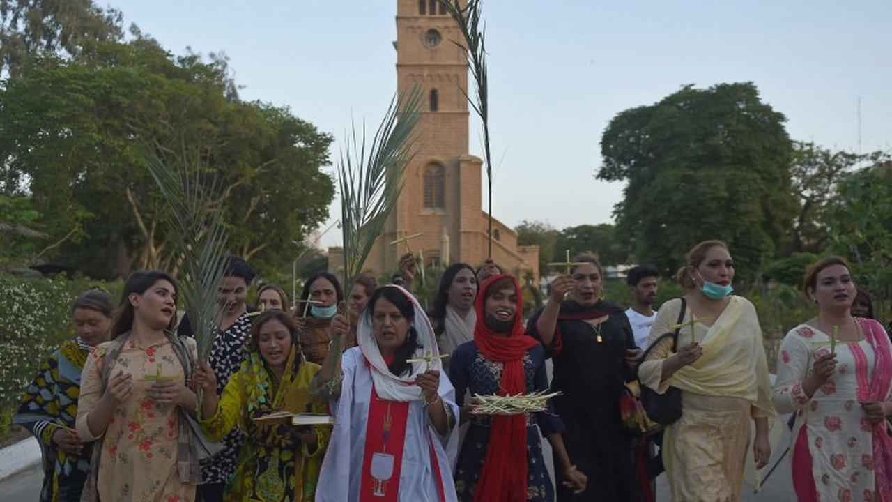 Pakistan opens state-run school for transgender students