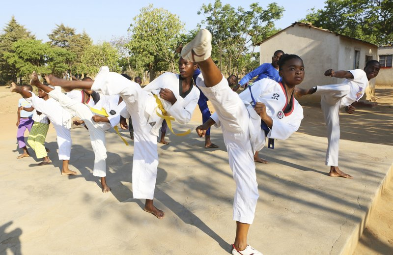 Zimbabwean teen teaches taekwondo to fight child marriage