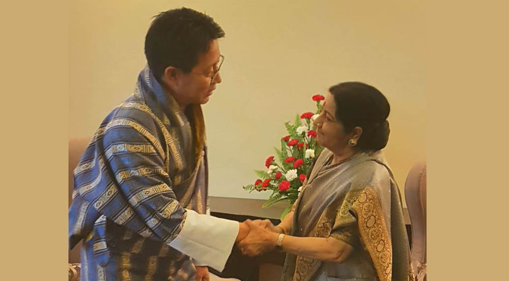 Indian and Bhutanese foreign ministers discuss Doklam row in Kathmandu