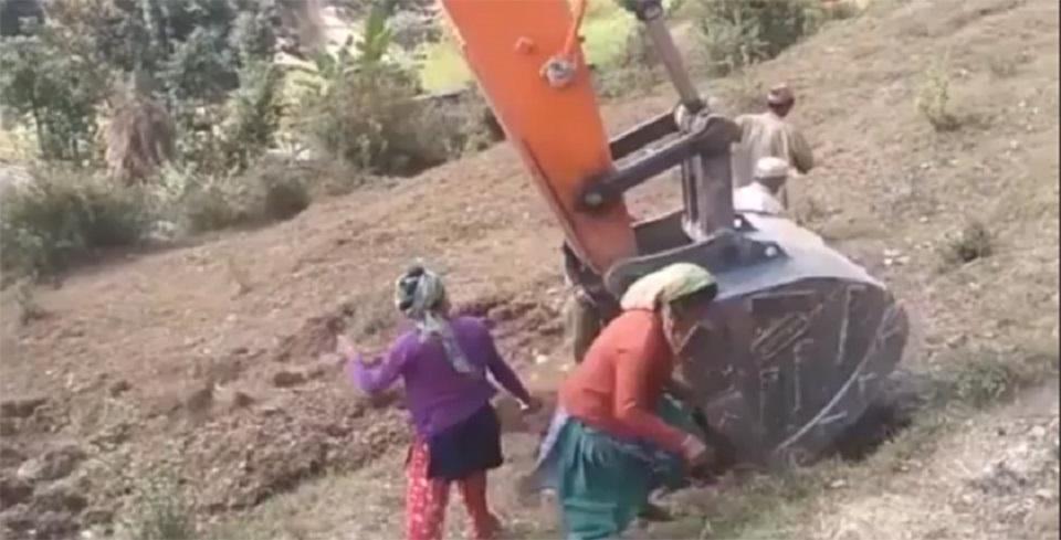 Eight injured in bulldozer attack in Baitadi