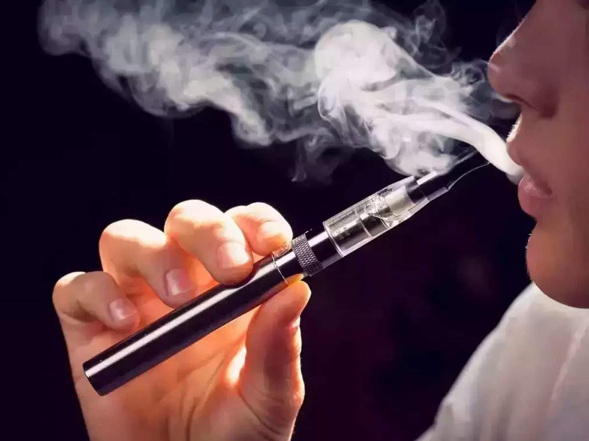 Health risk of e-cigarette