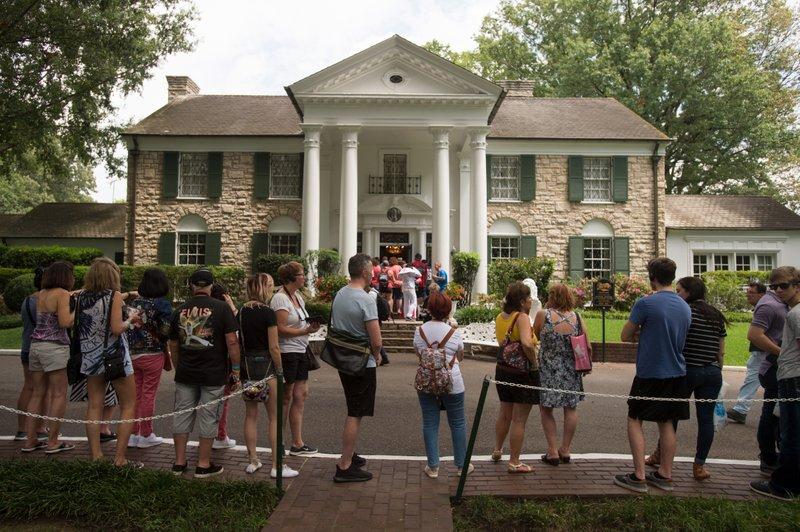 Elvis Presley's Graceland starting live virtual tours