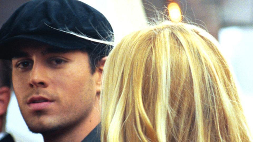 Enrique Iglesias and Anna Kourniva welcome twins after secret pregnancy