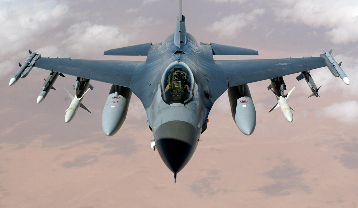 Israel launches attacks in Syria after F-16 crashes