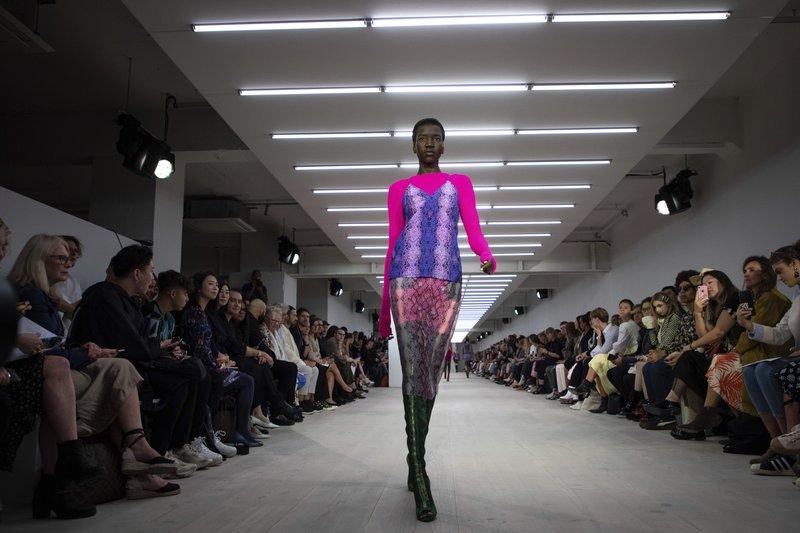 London Fashion Week: Organizers warn of 'Brexit' risks