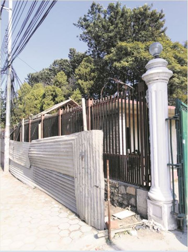 Tear down these walls, says Lalitpur mayor