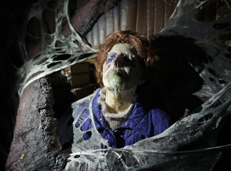 Universal canceling Halloween Horror Nights because of virus