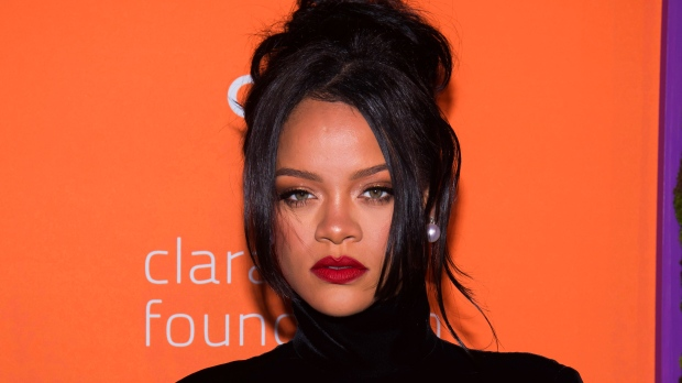 Rihanna to release 500-page 'visual' autobiography