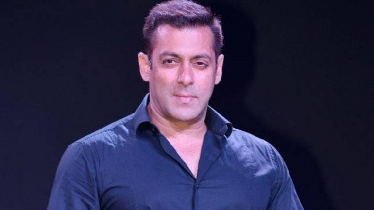 Salman Khan urges people to stay isolated