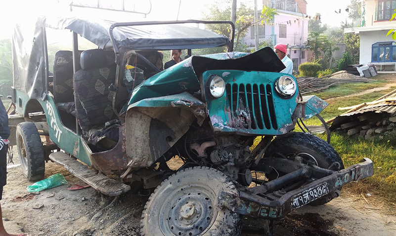 2 killed, 10 injured in Dang vehicle collision