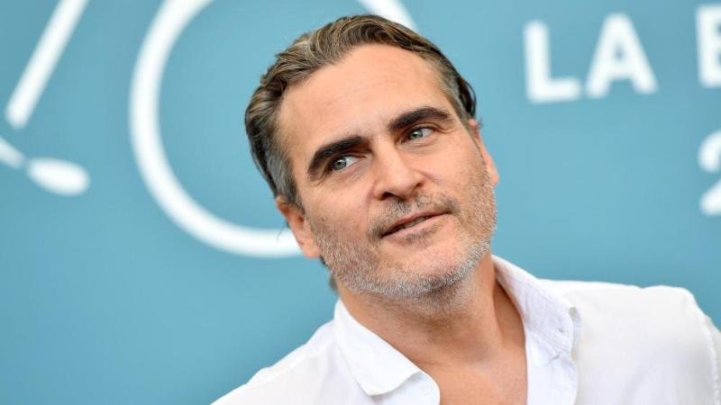 Joaquin Phoenix to star in Mike Mills' next