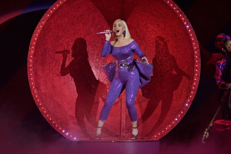 Letting go of being No. 1, Katy Perry finds her 'Smile'