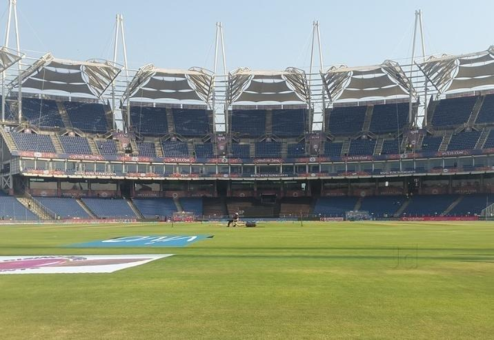 Curator puts Pune pitch 'on sale' hours before Ind-NZ 2nd ODI