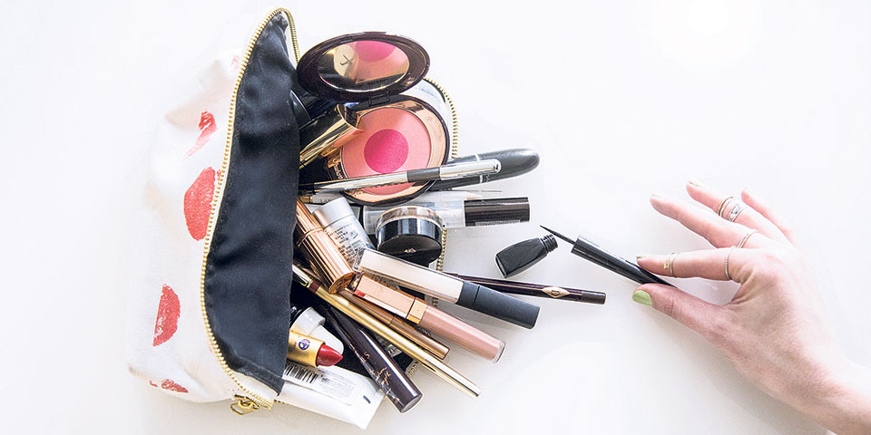 Makeup 101- what to put in your first makeup kit ?