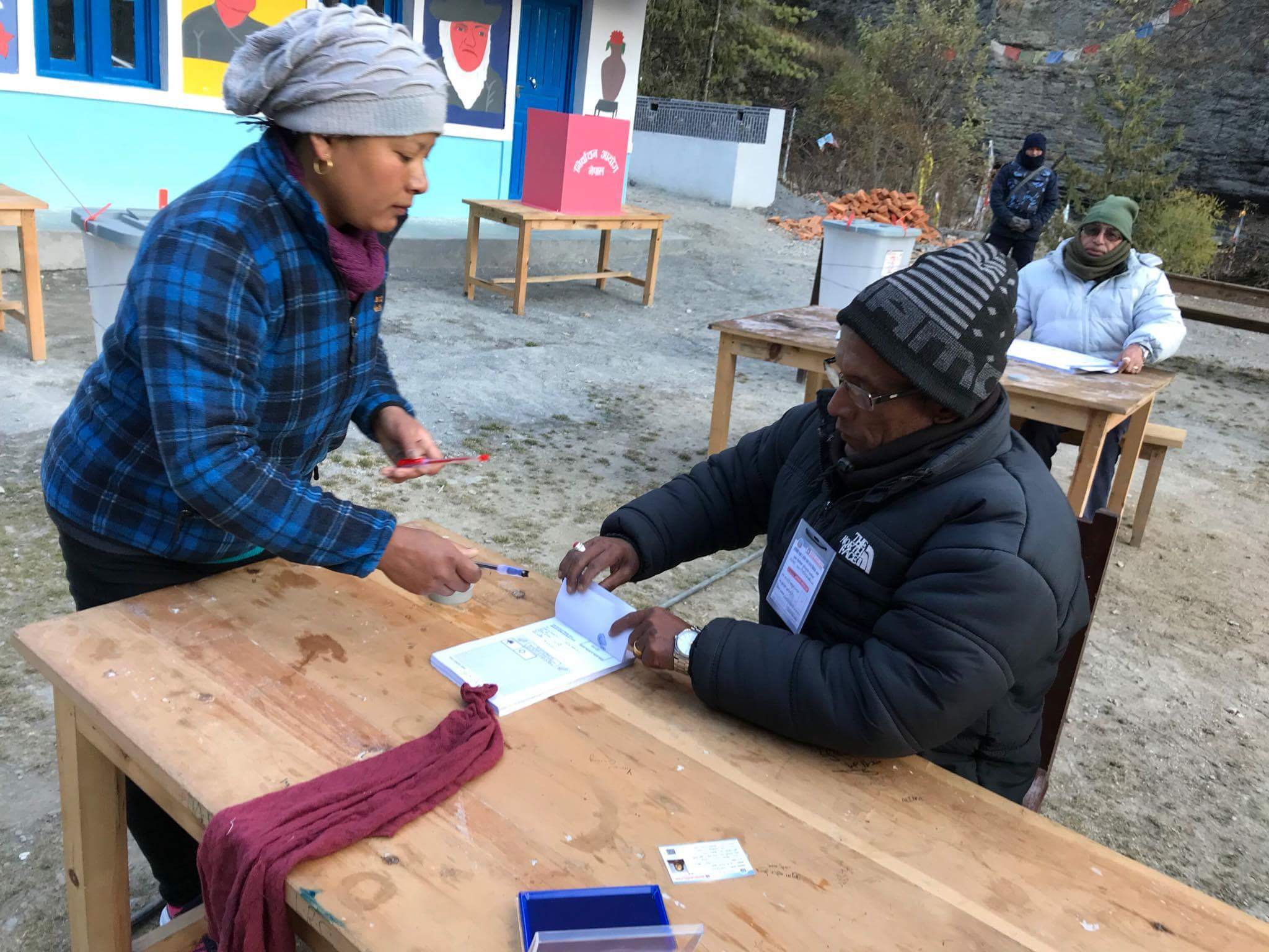In pictures: Manang elections