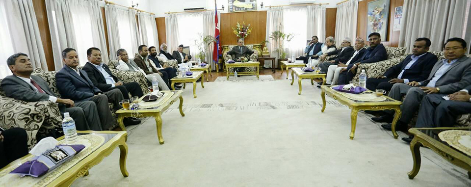 PM buys time for consensus on constitution amendment