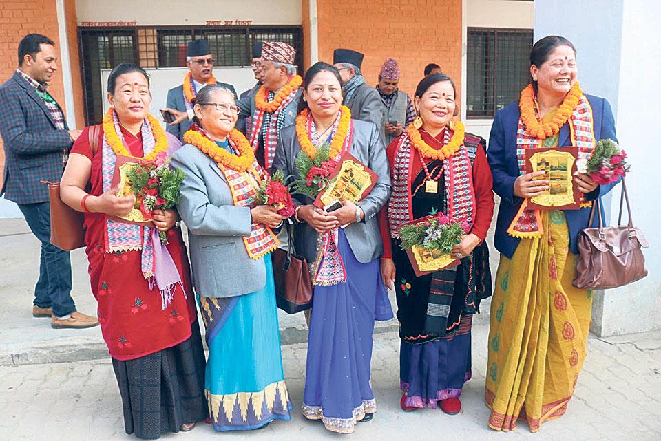 Members of provincial assemblies sworn in