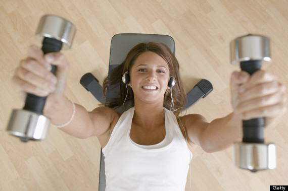 Listening to music may help you exercise longer and more regularly