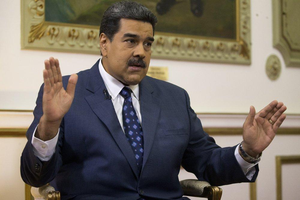 Split emerges in Venezuela opposition over talks with gov't