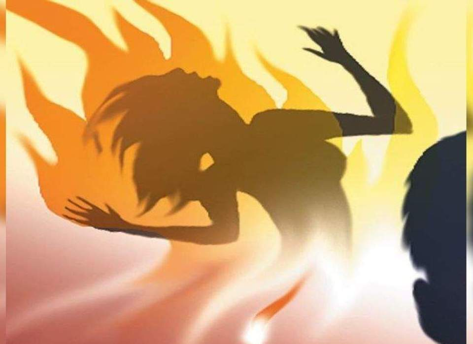 Girl injured after boyfriend sets her on fire by dousing her with kerosene in capital