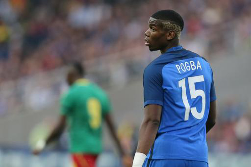 Pogba 'back home' at Man United in world-record transfer