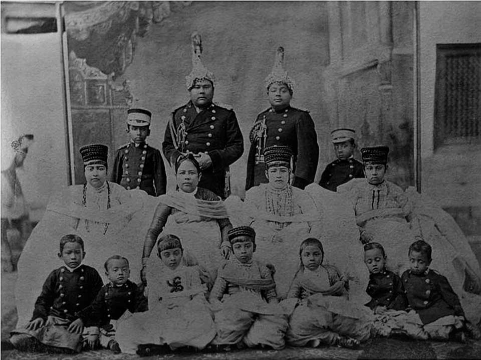 Sher Shumsher, son of Dhir Shumsher, with his brother and family