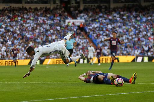 Euro 2016: Ronaldo misses penalty, Portugal held by Austria