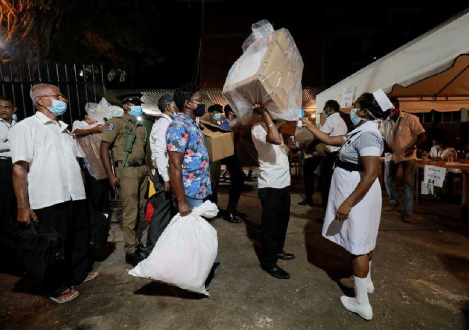 Sri Lanka counts votes from parliament election