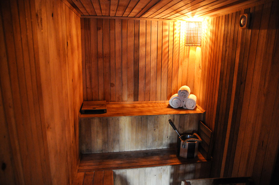 The sweating therapy: Expert guide to steam and sauna bath