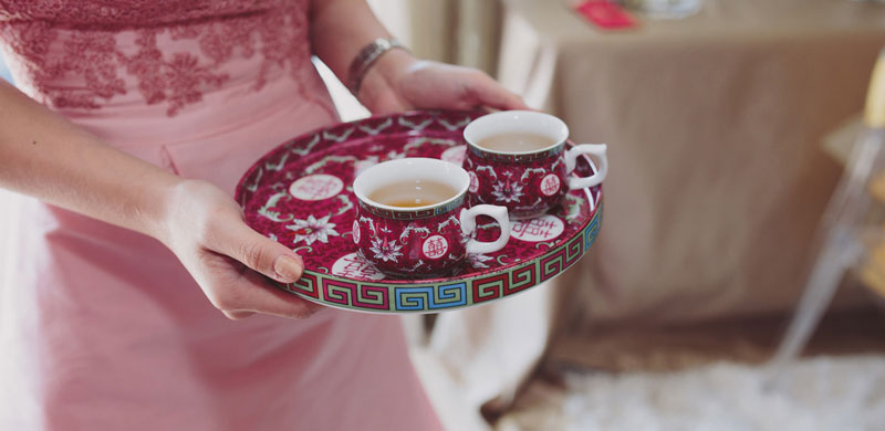 Stingiest wedding ever: Bride, groom charge guests for a cup of tea