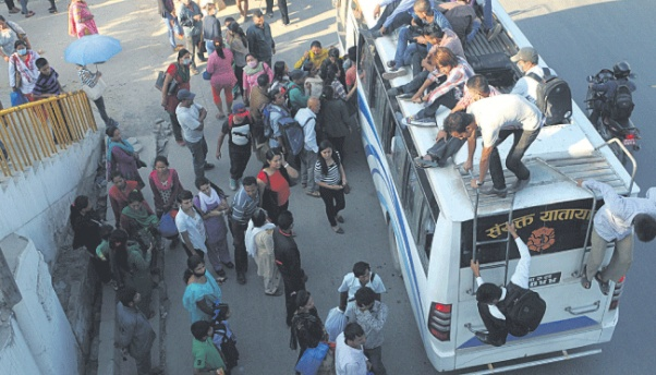 Route permits of vehicles carrying passengers beyond capacity to be cancelled