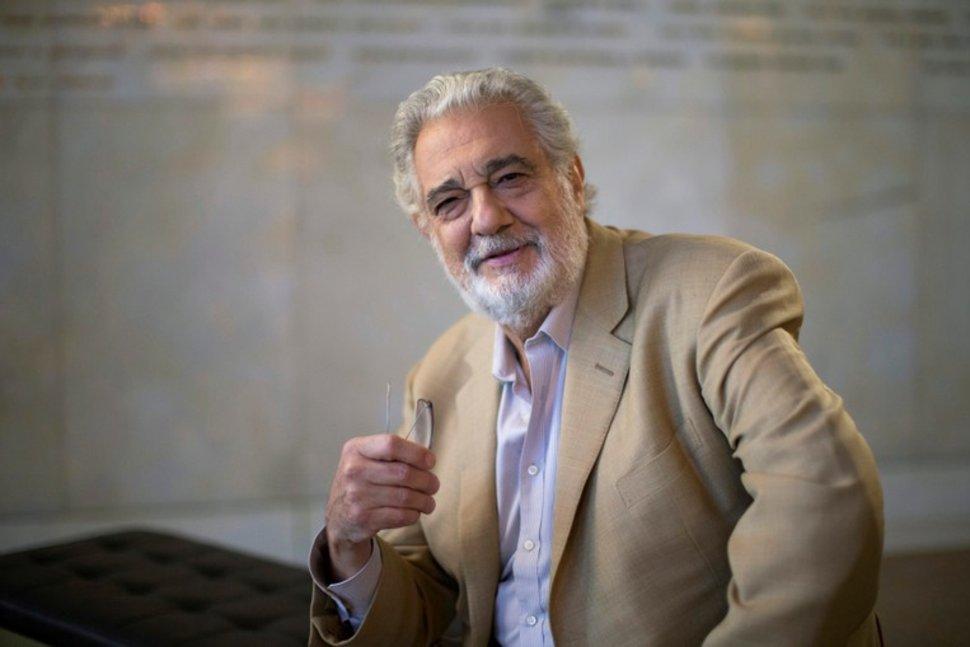 Placido Domingo resigns from LA Opera leadership