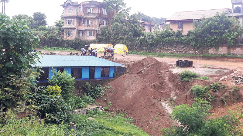 Land developers, school responsible for wall collapse: Panel