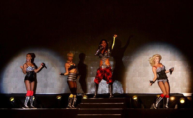 Pussycat Dolls announce reunion tour 10 years after split